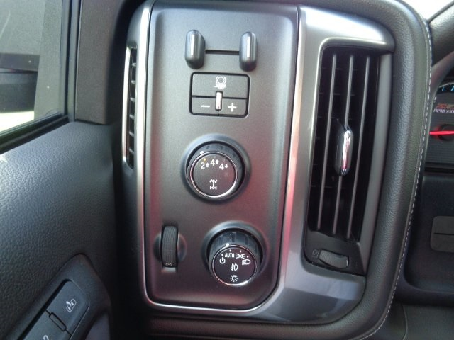 2018 Silverado 2500 Crew Cab 4x4 Pickup #N8205 - photo 18