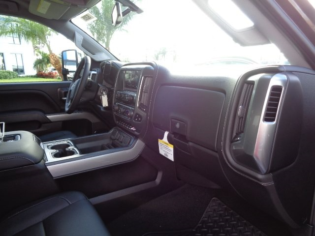 2018 Silverado 2500 Crew Cab 4x4 Pickup #N8205 - photo 8