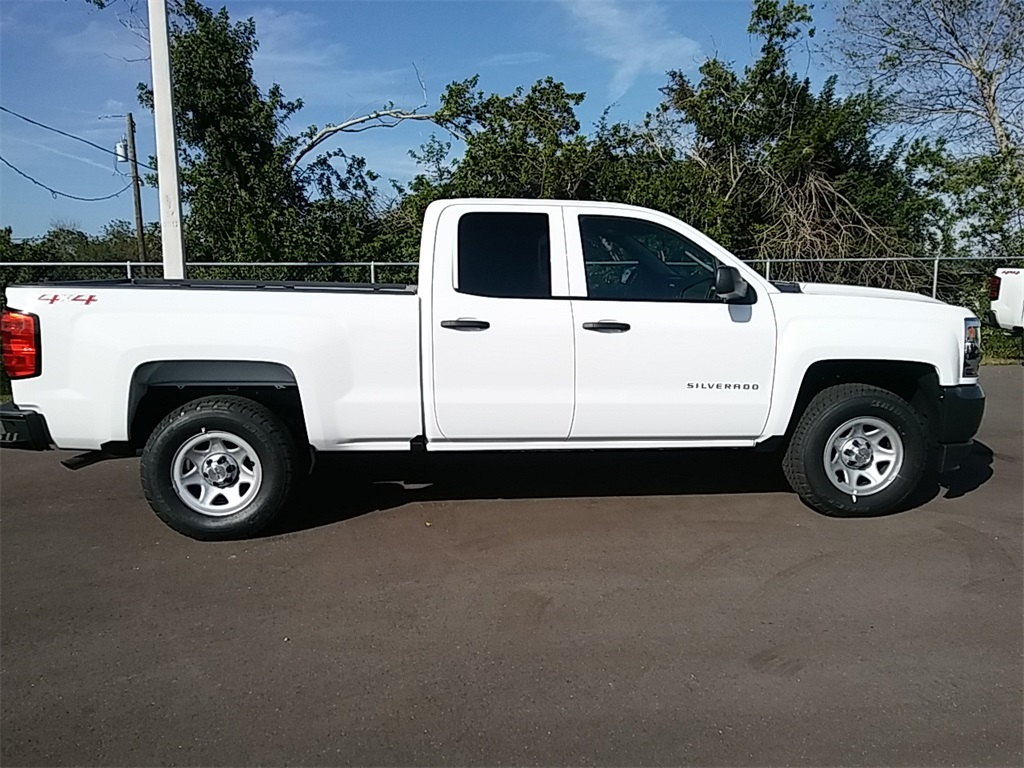 2018 Silverado 1500 Double Cab 4x4, Pickup #N8299 - photo 9