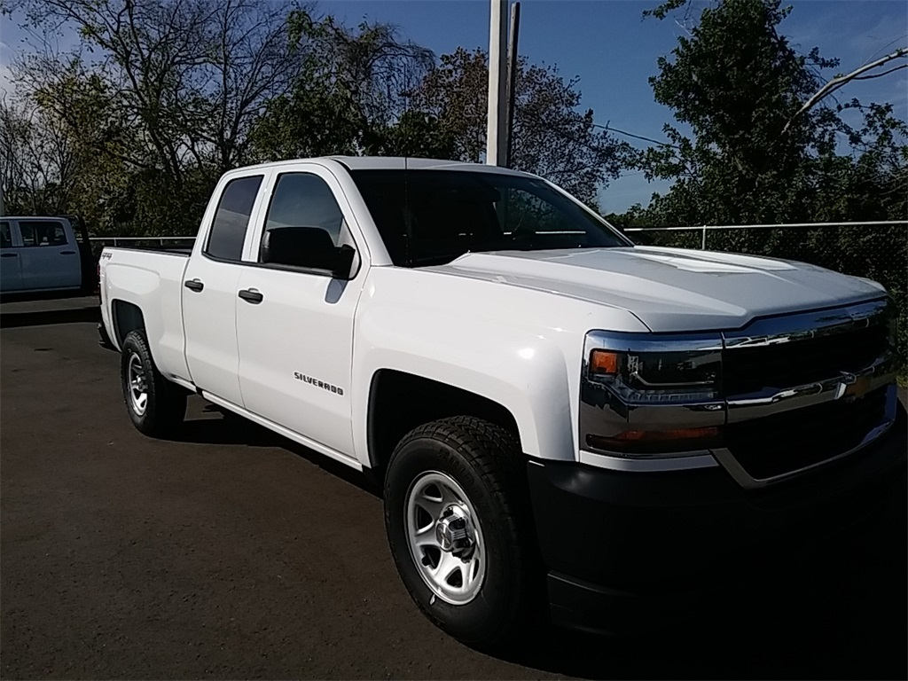 2018 Silverado 1500 Double Cab 4x4, Pickup #N8299 - photo 4