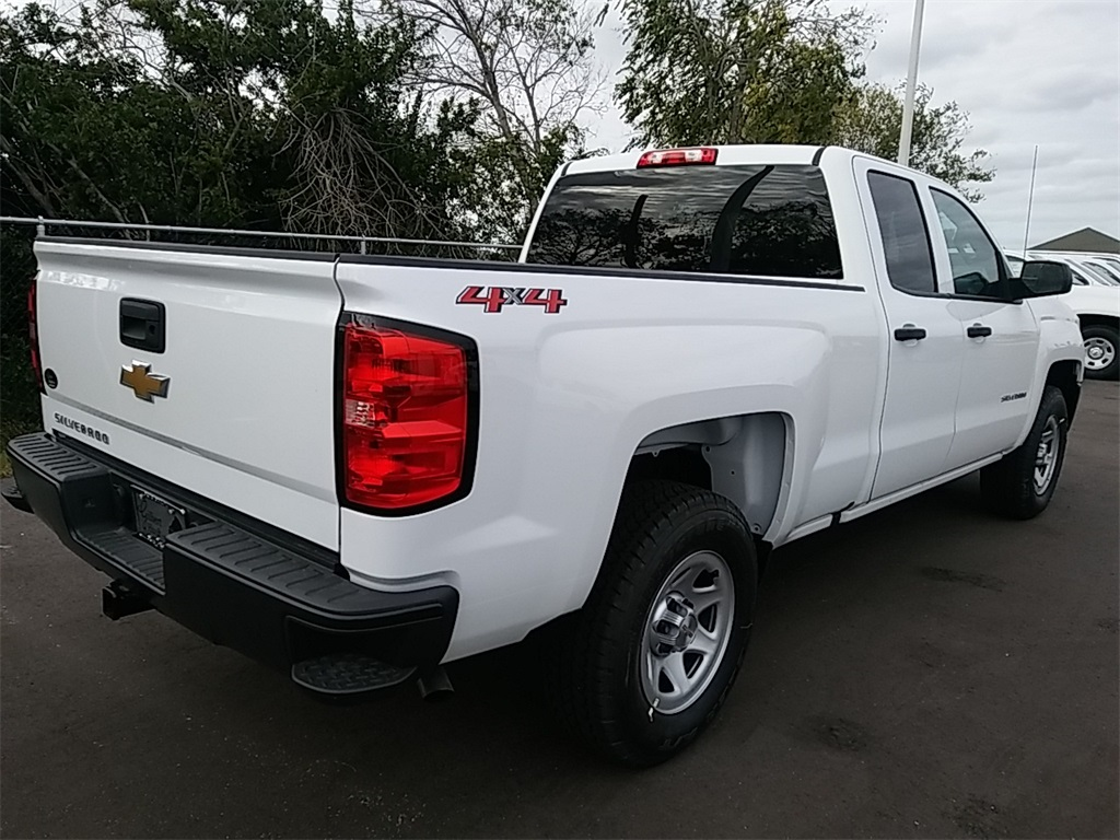 2018 Silverado 1500 Double Cab 4x4, Pickup #N8318 - photo 7