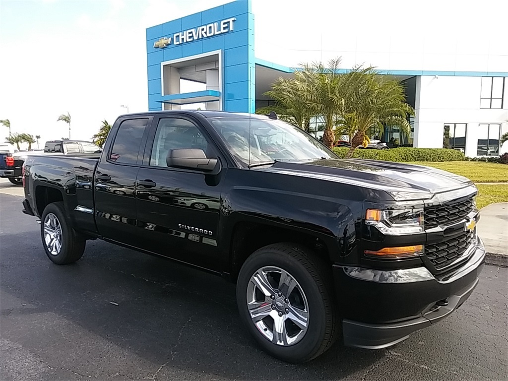 2018 Silverado 1500 Double Cab 4x4, Pickup #N8375 - photo 1