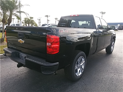 2018 Silverado 1500 Double Cab 4x4, Pickup #N8375 - photo 2
