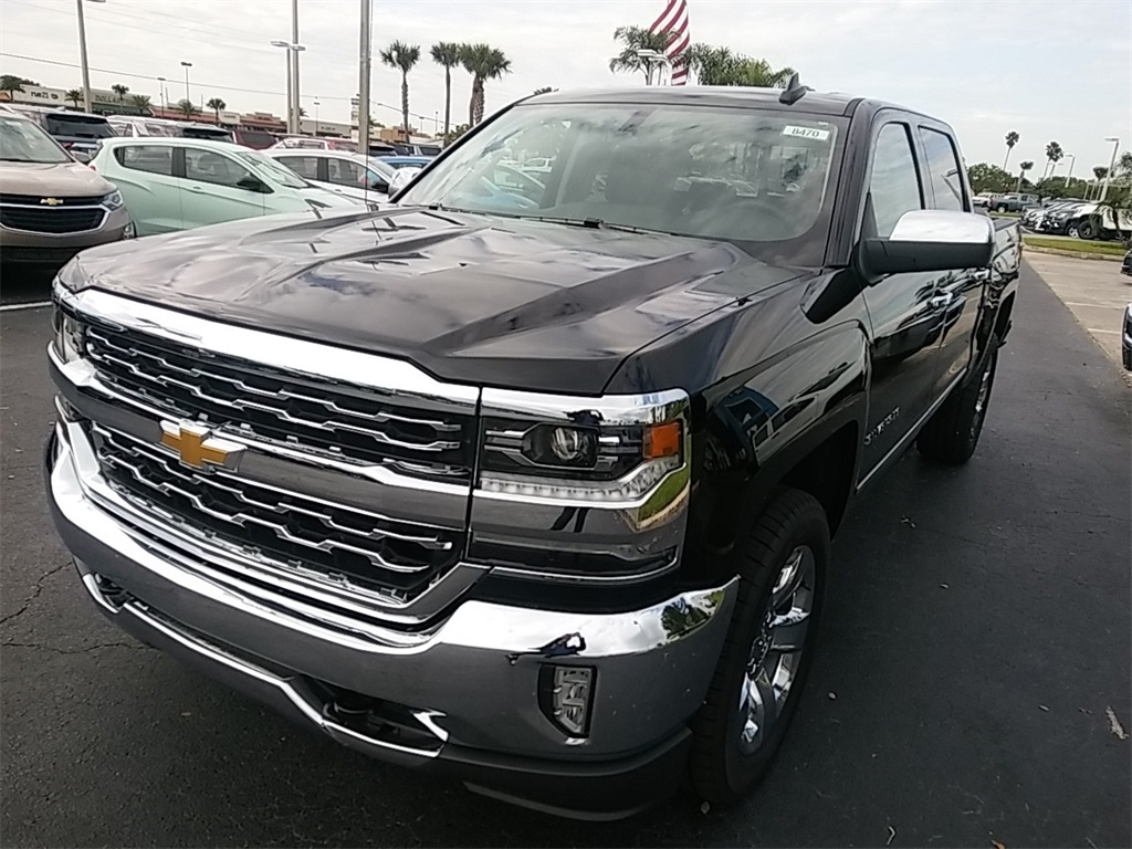 2018 Silverado 1500 Crew Cab, Pickup #N8470 - photo 3