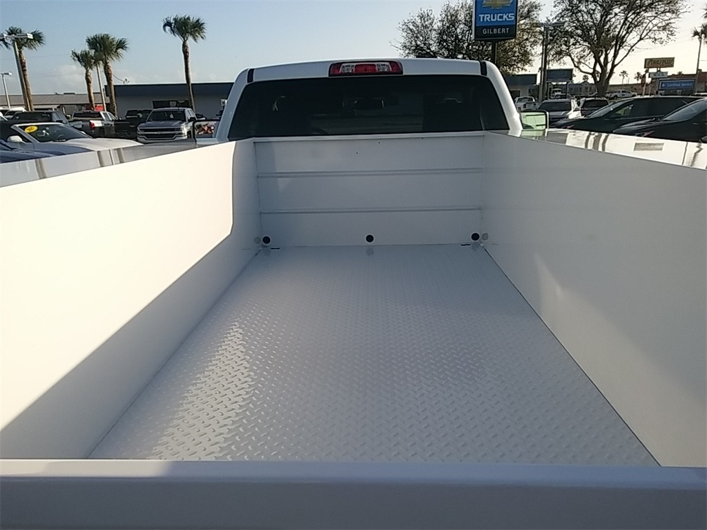 2018 Silverado 2500 Regular Cab 4x4, Service Body #N8486 - photo 17