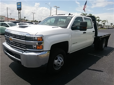 2018 Silverado 3500 Crew Cab DRW 4x4,  Platform Body #N8750 - photo 4
