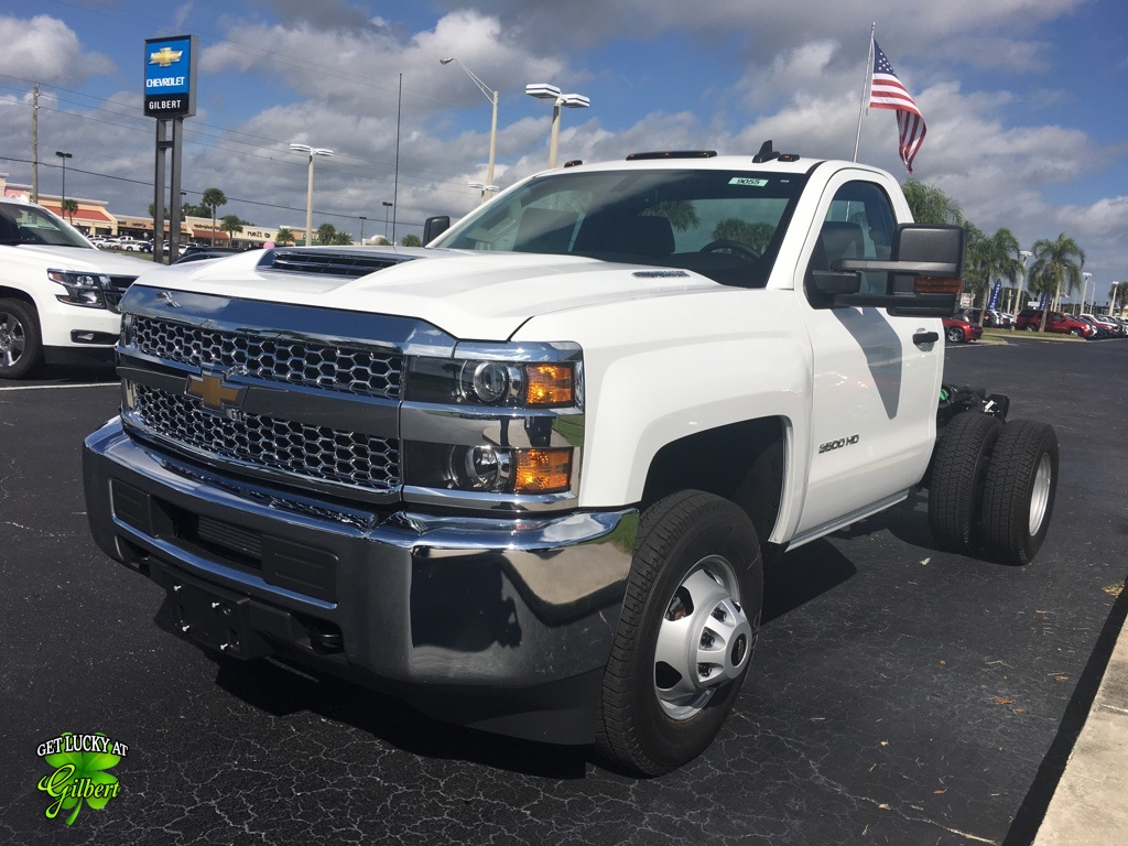 2019 Silverado 3500 Regular Cab DRW 4x4,  Cab Chassis #NC9055 - photo 6