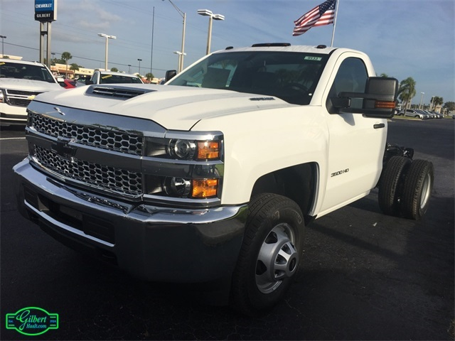 2019 Silverado 3500 Regular Cab DRW 4x4,  Cab Chassis #NC9133 - photo 7