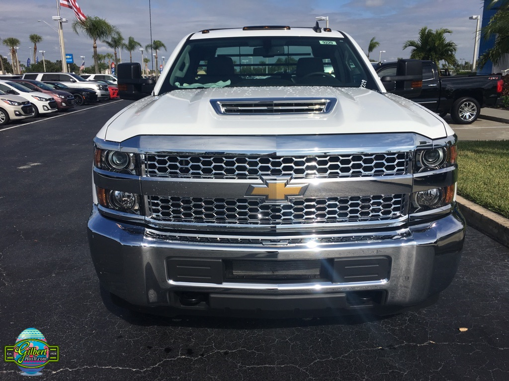 2019 Silverado 3500 Regular Cab DRW 4x4,  CM Truck Beds SK Model Platform Body #NC9229 - photo 3