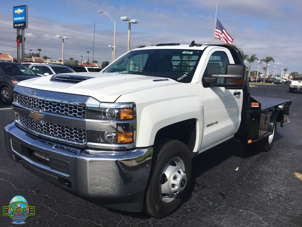 2019 Silverado 3500 Regular Cab DRW 4x4,  CM Truck Beds SK Model Platform Body #NC9229 - photo 4