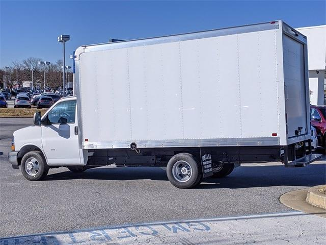2021 Chevrolet Express 3500 4x2, Dejana Cutaway Van #0C161407 - photo 1