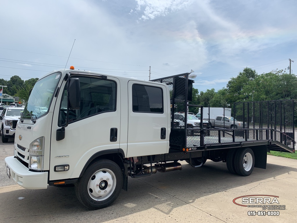 2020 Chevrolet LCF 4500 Crew Cab 4x2, Wil-Ro Removable Dovetail Landscape #C202661 - photo 4