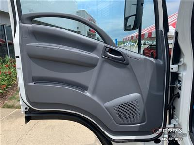 2020 Chevrolet LCF 4500 Crew Cab 4x2, Wil-Ro Removable Dovetail Landscape #C202661 - photo 9