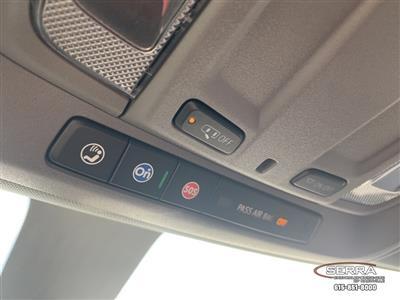 2020 Chevrolet Silverado 3500 Crew Cab DRW 4x4, Knapheide PGNC Gooseneck Platform Body #C203401 - photo 34