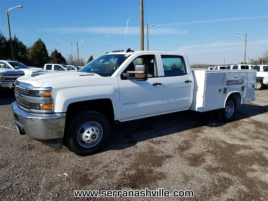 2018 Silverado 3500 Crew Cab DRW 4x4,  Reading Service Body #C80707 - photo 4