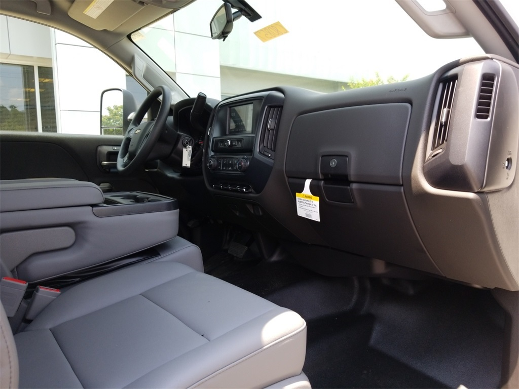 2018 Silverado 3500 Regular Cab DRW 4x2,  Freedom Platform Body #C80857 - photo 22
