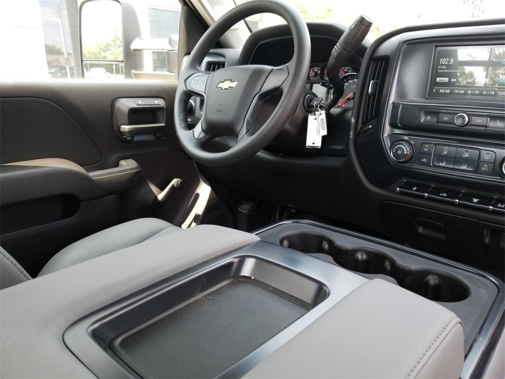 2018 Silverado 3500 Regular Cab DRW 4x2,  Freedom Platform Body #C80857 - photo 27