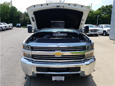 2018 Silverado 3500 Regular Cab DRW 4x2,  Freedom Rodeo Platform Body #C80857 - photo 17