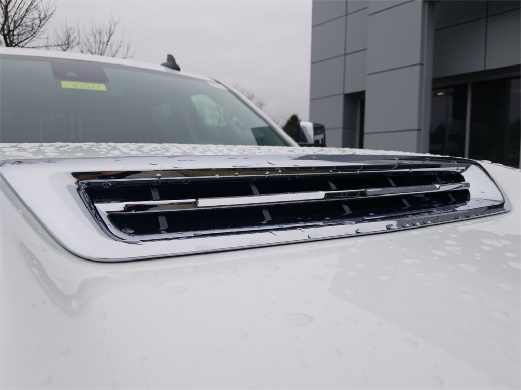 2018 Silverado 3500 Crew Cab 4x4,  Pickup #C81031 - photo 18