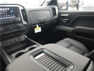 2018 Silverado 3500 Crew Cab 4x4,  Pickup #C81031 - photo 39