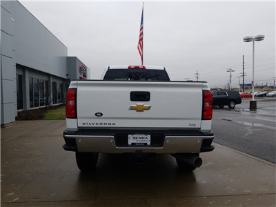2018 Silverado 3500 Crew Cab 4x4,  Pickup #C81031 - photo 7