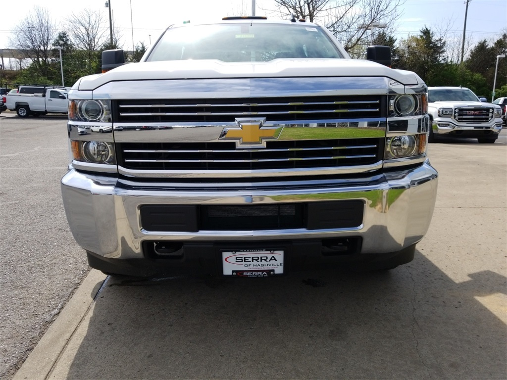 2018 Silverado 3500 Crew Cab DRW 4x4,  Service Body #C81139 - photo 3