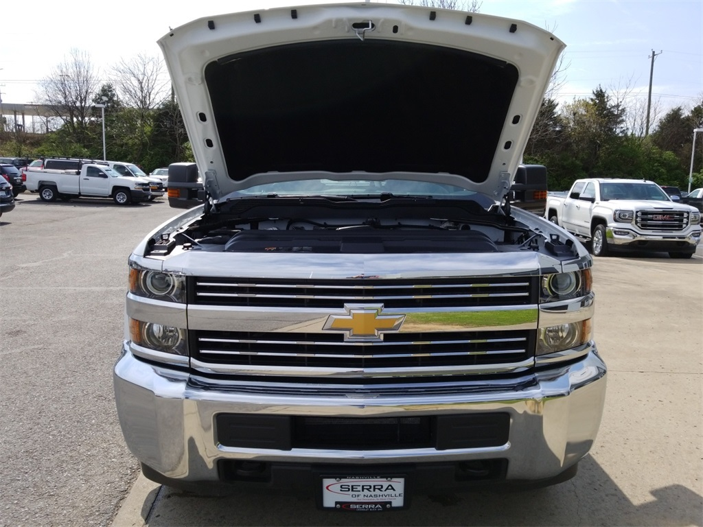 2018 Silverado 3500 Crew Cab DRW 4x4,  Service Body #C81139 - photo 21