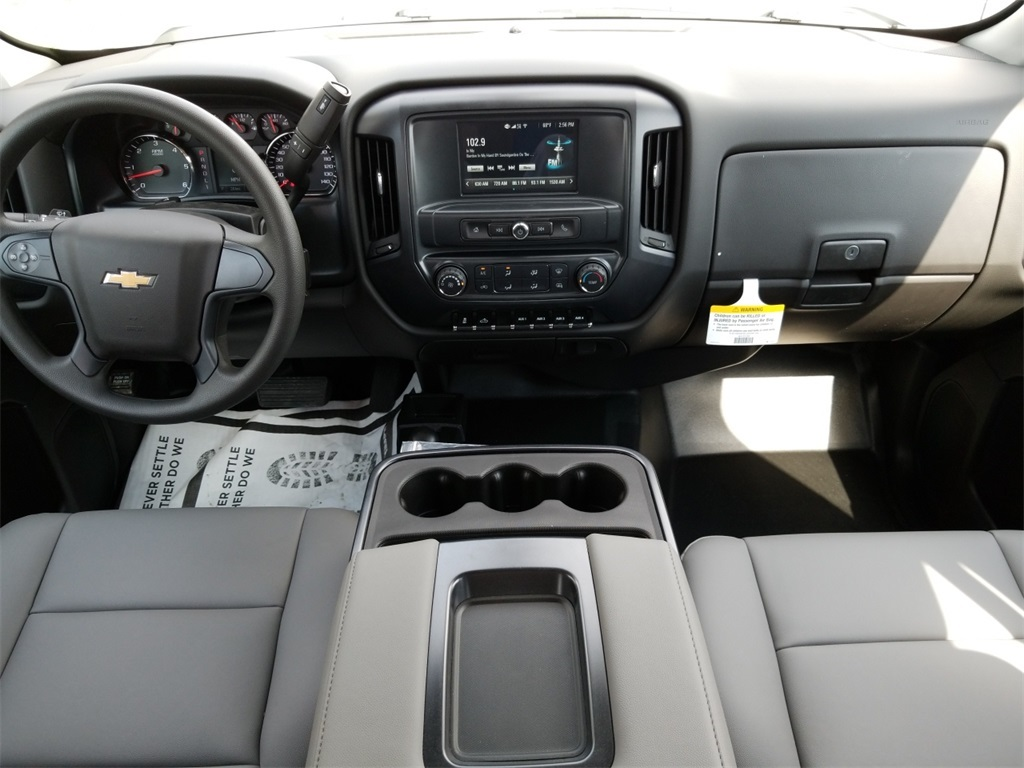 2018 Silverado 3500 Crew Cab DRW 4x4,  Service Body #C81139 - photo 38