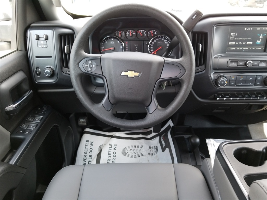 2018 Silverado 3500 Crew Cab DRW 4x4,  Service Body #C81139 - photo 39