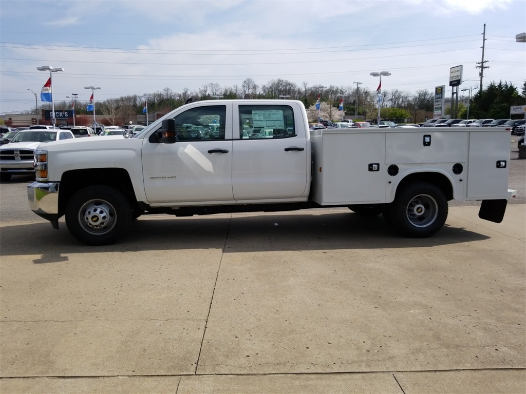 2018 Silverado 3500 Crew Cab DRW 4x4,  Service Body #C81139 - photo 4