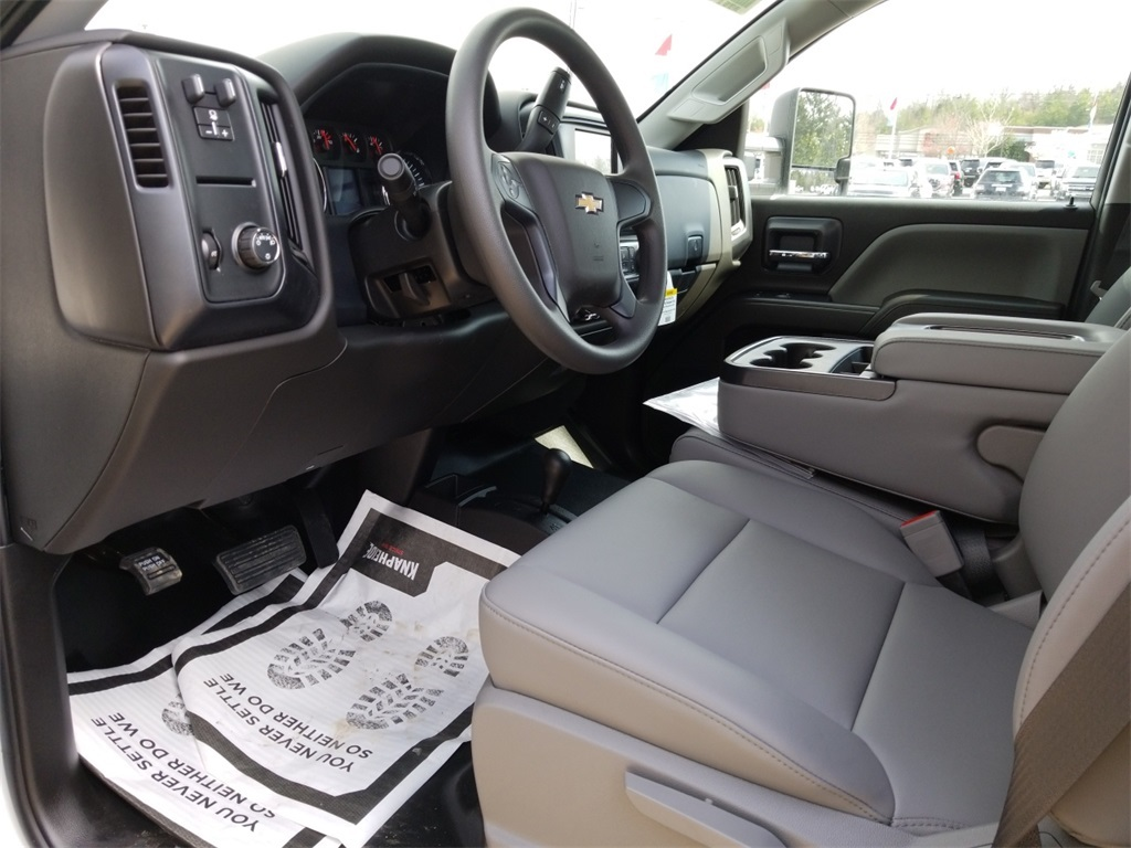 2018 Silverado 3500 Crew Cab DRW 4x4,  Service Body #C81139 - photo 45
