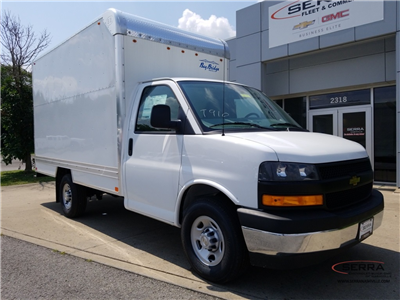 2018 Express 3500 4x2,  Cutaway Van #C81767 - photo 3