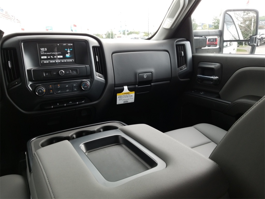 2018 Silverado 2500 Double Cab 4x4,  Warner Select II Service Body #C81922 - photo 37