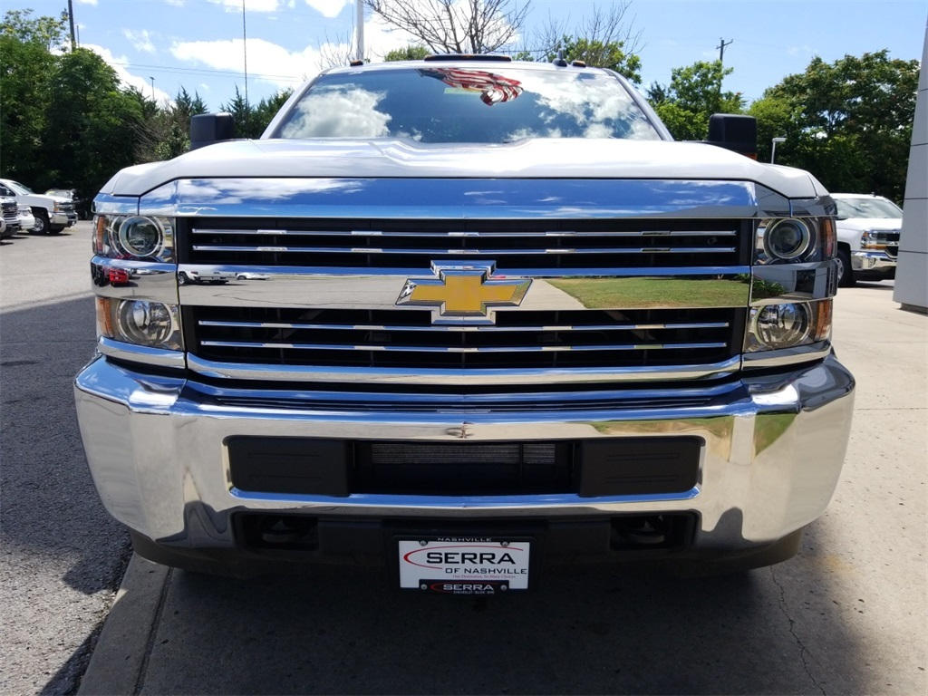 2018 Silverado 2500 Double Cab 4x4,  Reading Service Body #C81985 - photo 3