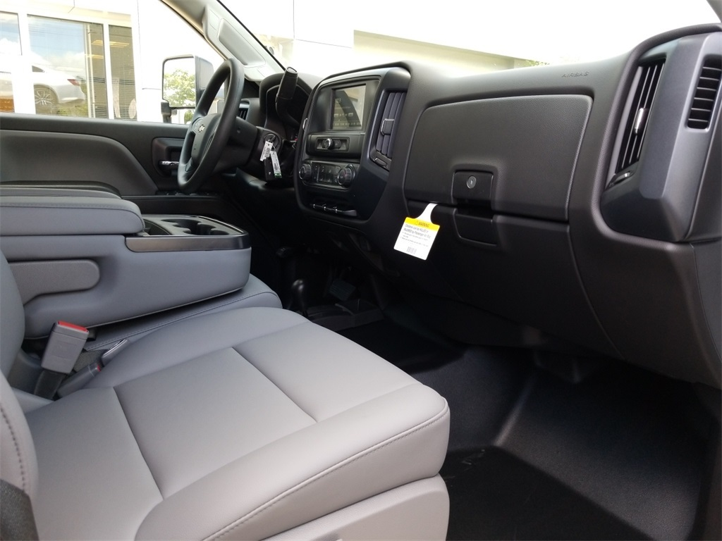 2018 Silverado 2500 Double Cab 4x4,  Reading Service Body #C81985 - photo 26