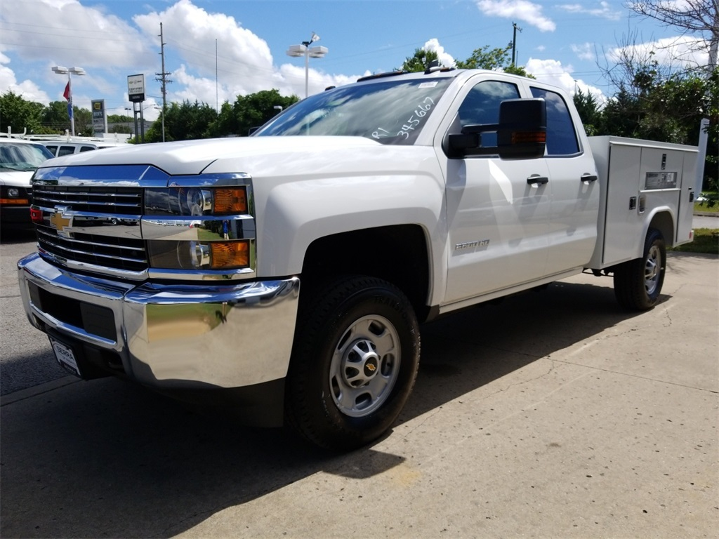 2018 Silverado 2500 Double Cab 4x4,  Reading Service Body #C81985 - photo 4
