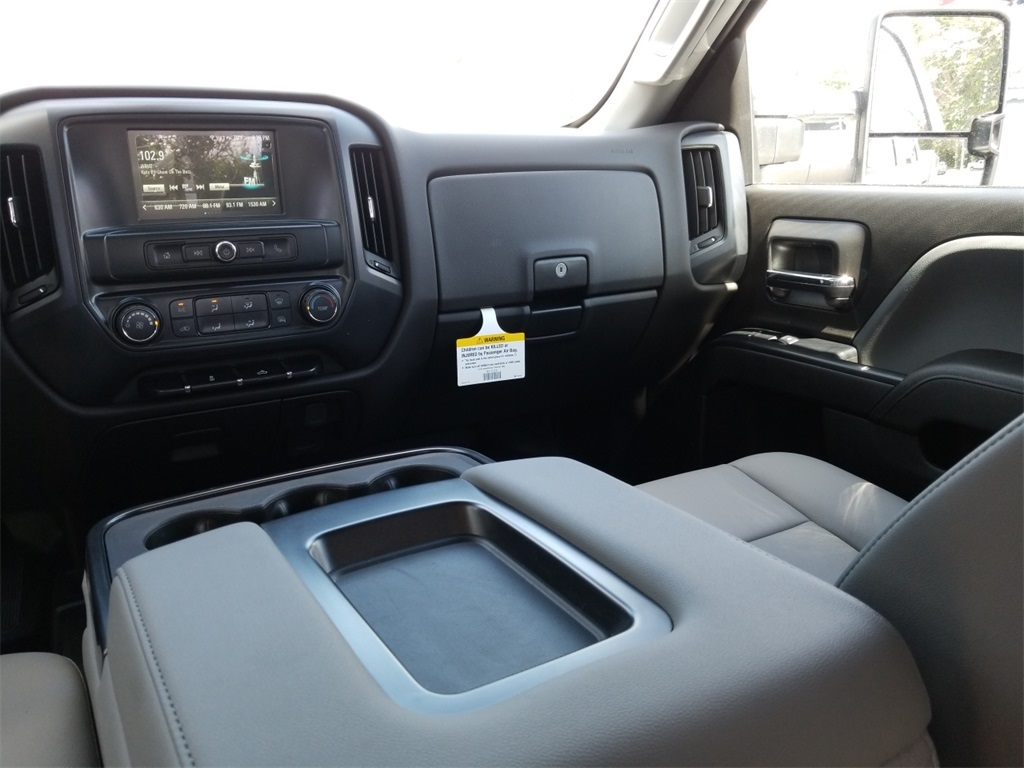 2018 Silverado 2500 Double Cab 4x4,  Reading Service Body #C81985 - photo 36