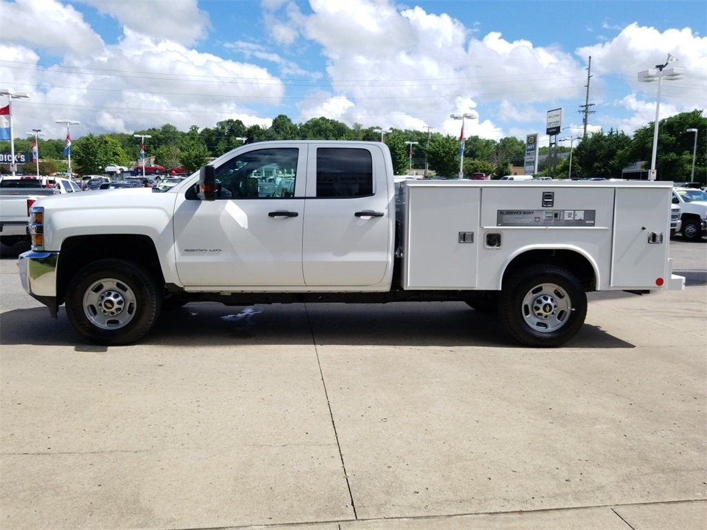 2018 Silverado 2500 Double Cab 4x4,  Reading Service Body #C81985 - photo 5