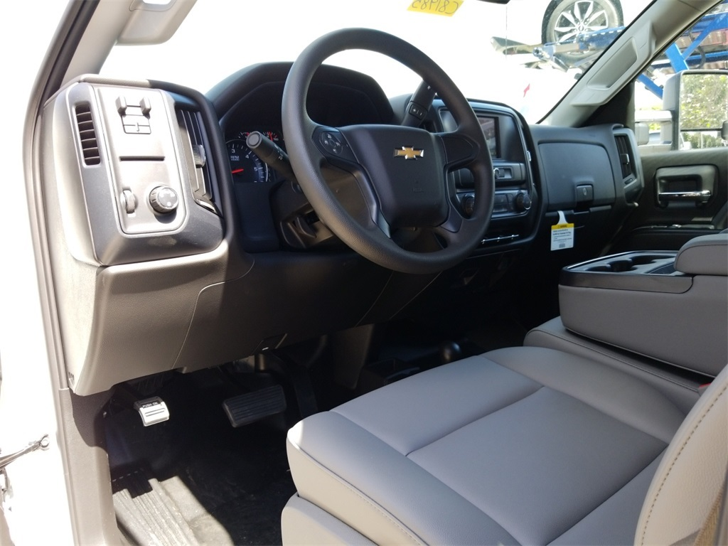 2018 Silverado 2500 Double Cab 4x4,  Reading Service Body #C81985 - photo 41