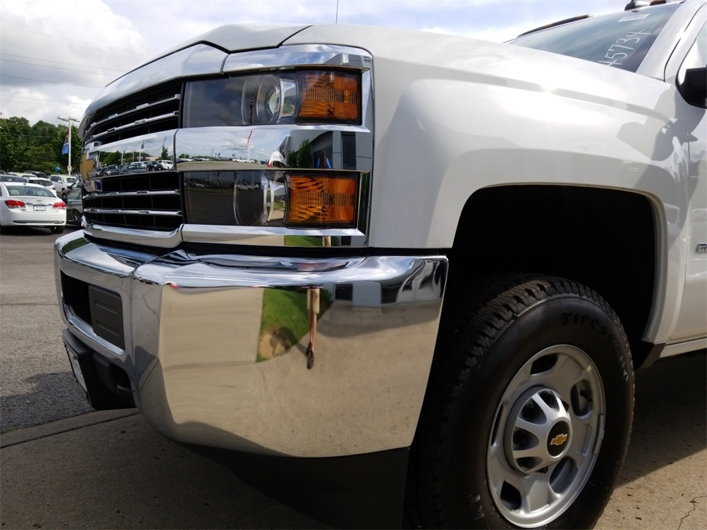 2018 Silverado 2500 Double Cab 4x4,  Reading SL Service Body #C81986 - photo 17