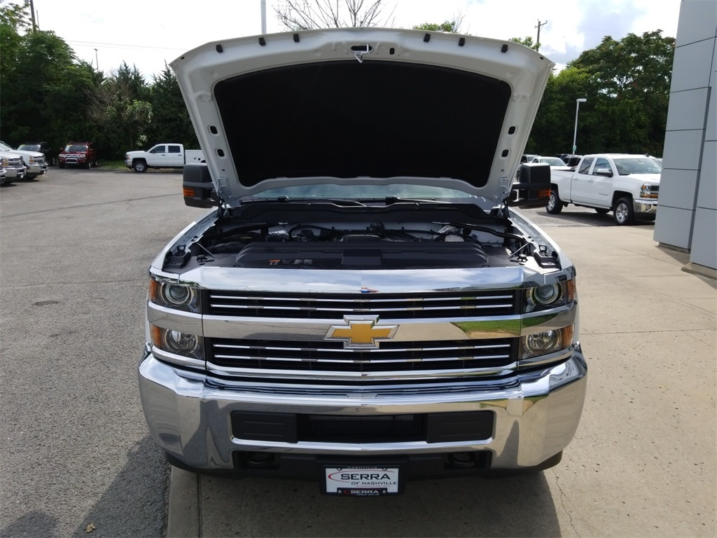 2018 Silverado 2500 Double Cab 4x4,  Reading SL Service Body #C81986 - photo 20