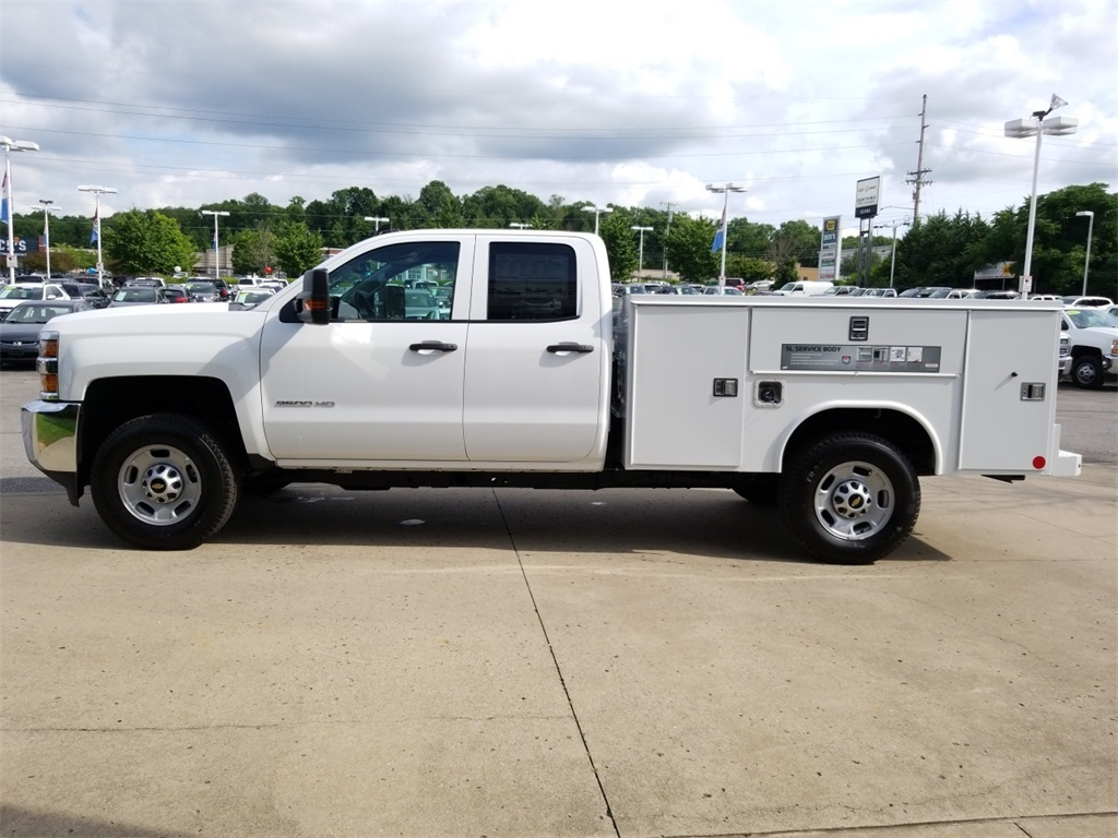 2018 Silverado 2500 Double Cab 4x4,  Reading SL Service Body #C81986 - photo 5