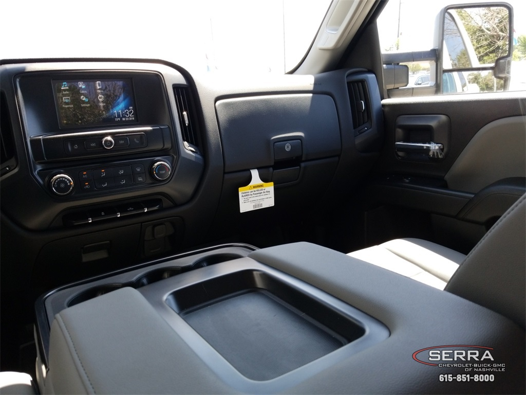 2018 Silverado 2500 Double Cab 4x4,  Warner Select II Service Body #C82023 - photo 37