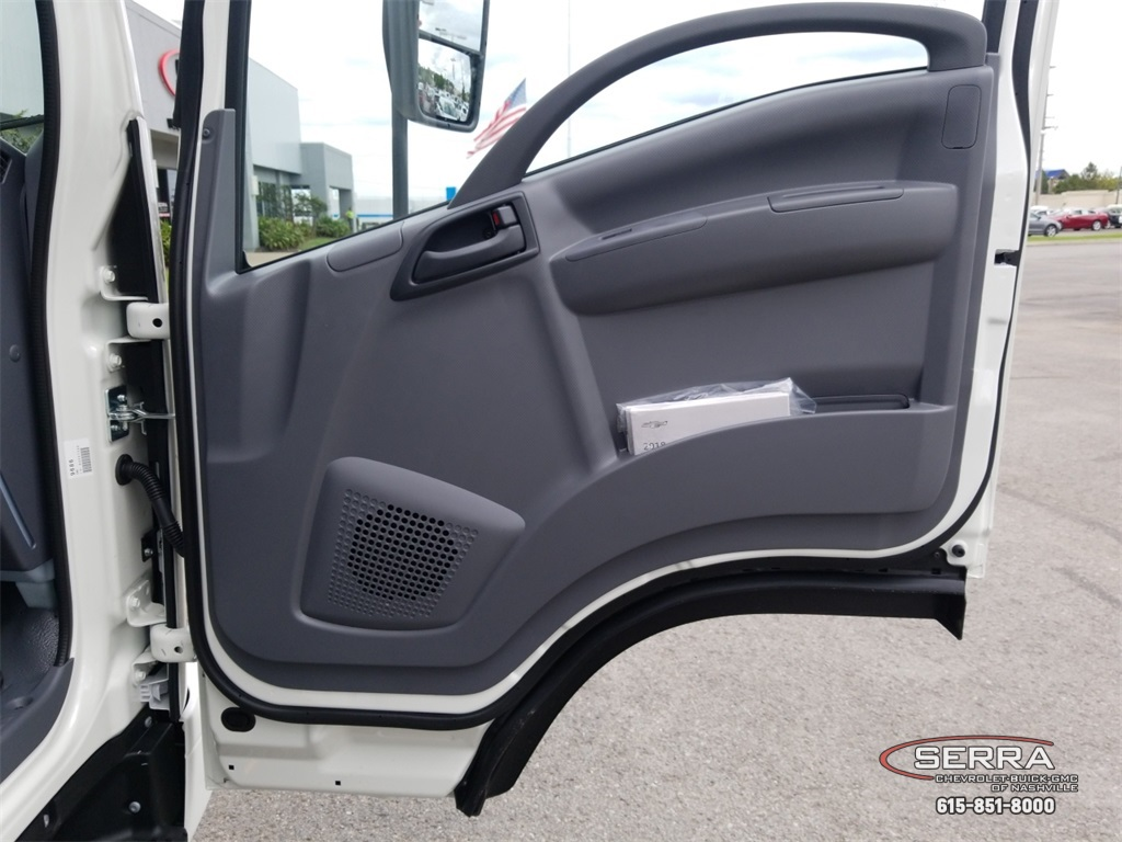 2018 LCF 4500 Regular Cab,  Wil-Ro Standard Dovetail Landscape #C82663 - photo 14