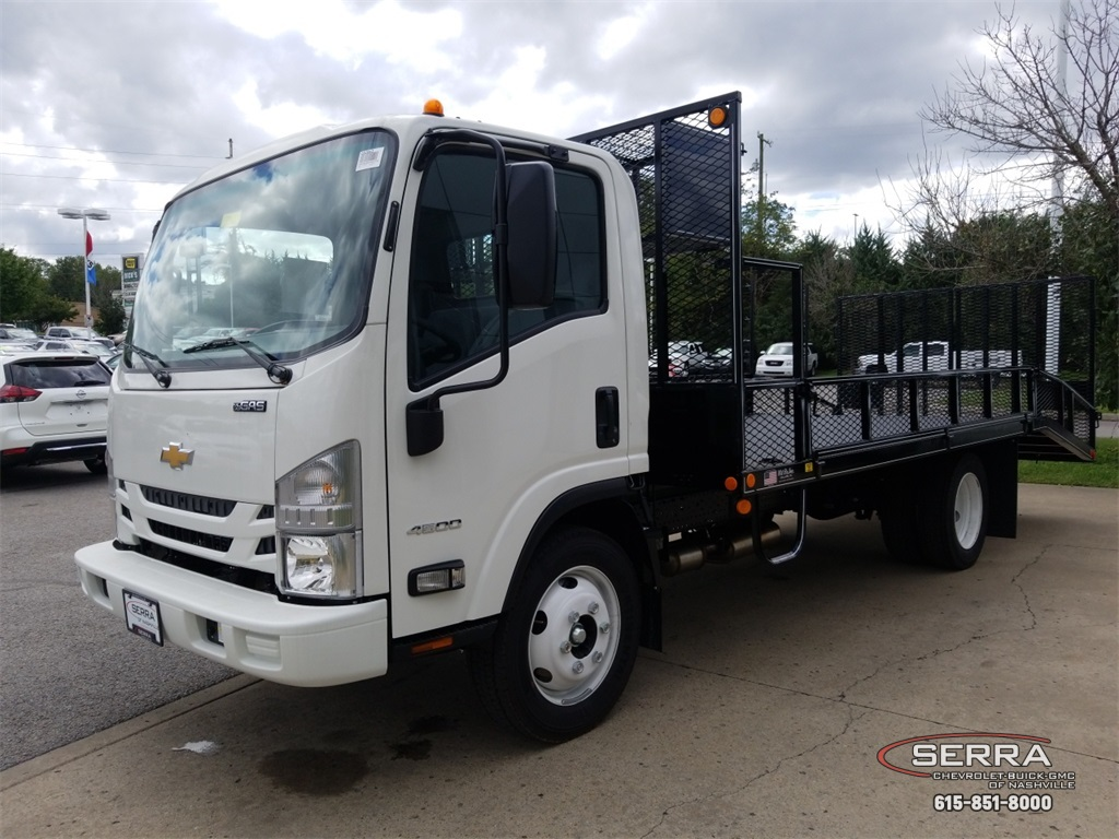 2018 LCF 4500 Regular Cab,  Wil-Ro Standard Dovetail Landscape #C82663 - photo 4