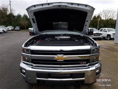 2019 Silverado 3500 Crew Cab 4x4,  Pickup #C92376 - photo 24