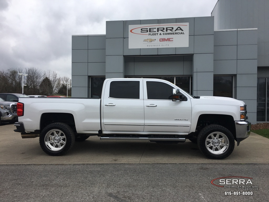 2019 Silverado 3500 Crew Cab 4x4,  Pickup #C92378 - photo 8