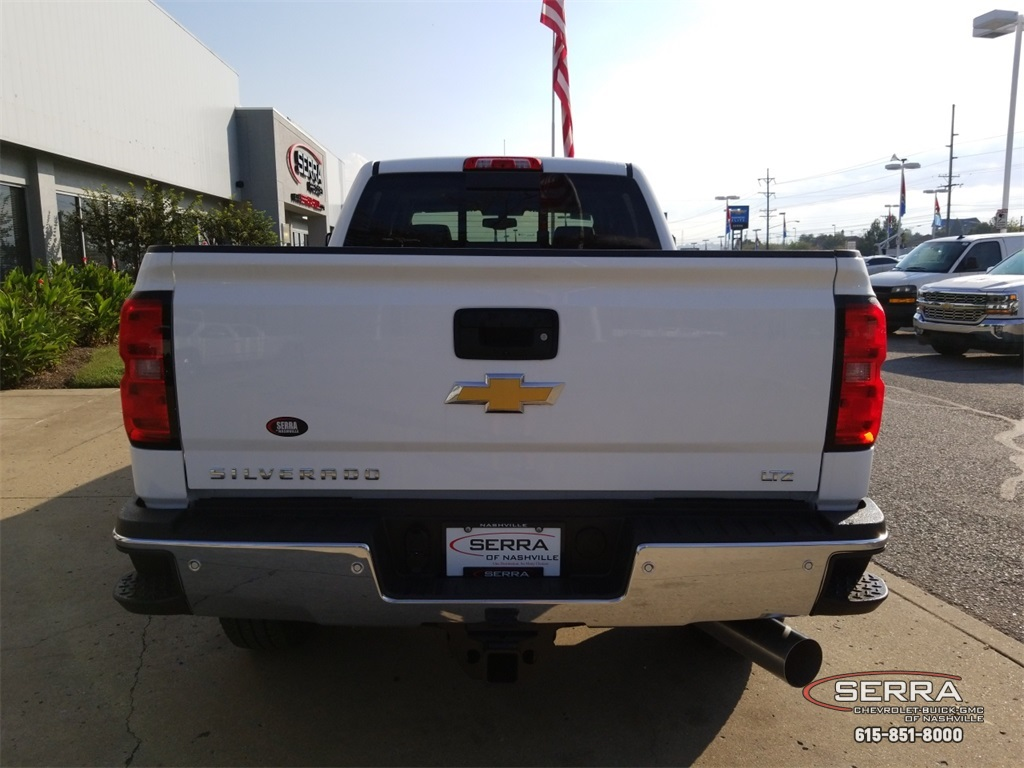 2019 Silverado 3500 Crew Cab 4x4,  Pickup #C92382 - photo 7