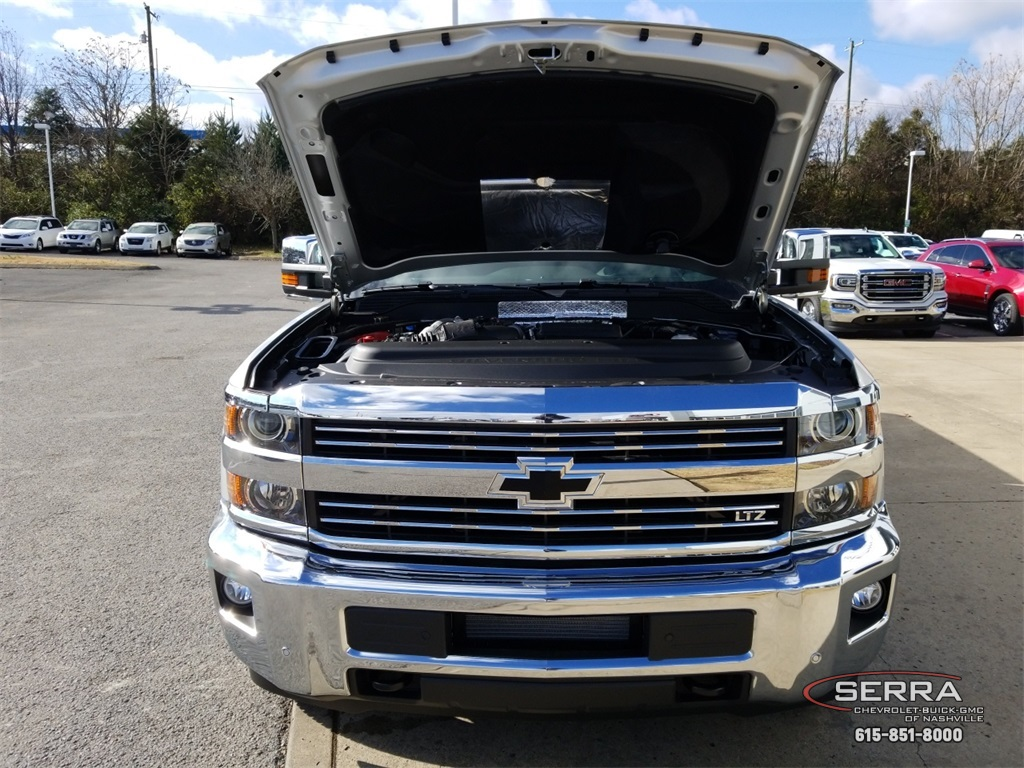 2019 Silverado 3500 Crew Cab 4x4,  Pickup #C92515 - photo 25