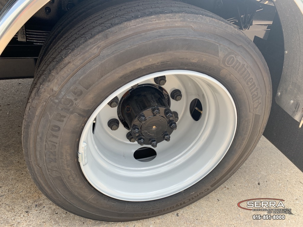 2019 Chevrolet Silverado 5500 Regular Cab DRW 4x2, CM Truck Beds SK Model Platform Body #C96333 - photo 21